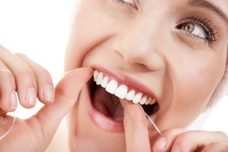 Lưu ý khi bọc răng sứ để có hàm răng trắng sáng, khỏe đẹp