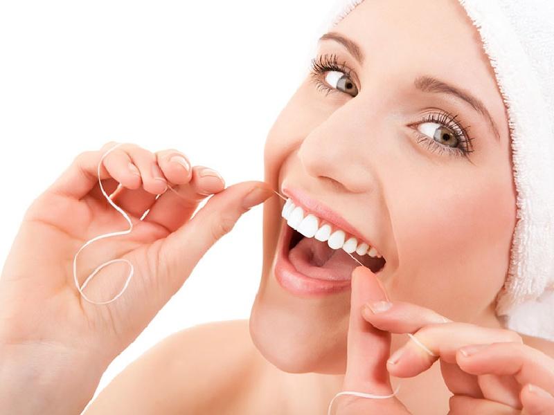 Cách chăm sóc răng miệng và chế độ ăn uống ảnh hưởng đến tuổi thọ của răng