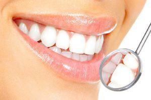 Trồng răng sứ: Bỏ túi những thông tin quan trọng cần nhớ kỹ