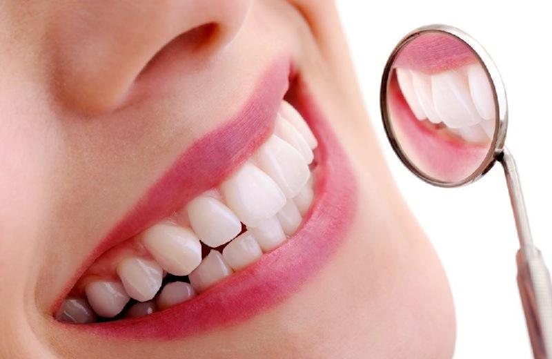 Chọn loại răng sứ phù hợp với nhu cầu và điều kiện tài chính