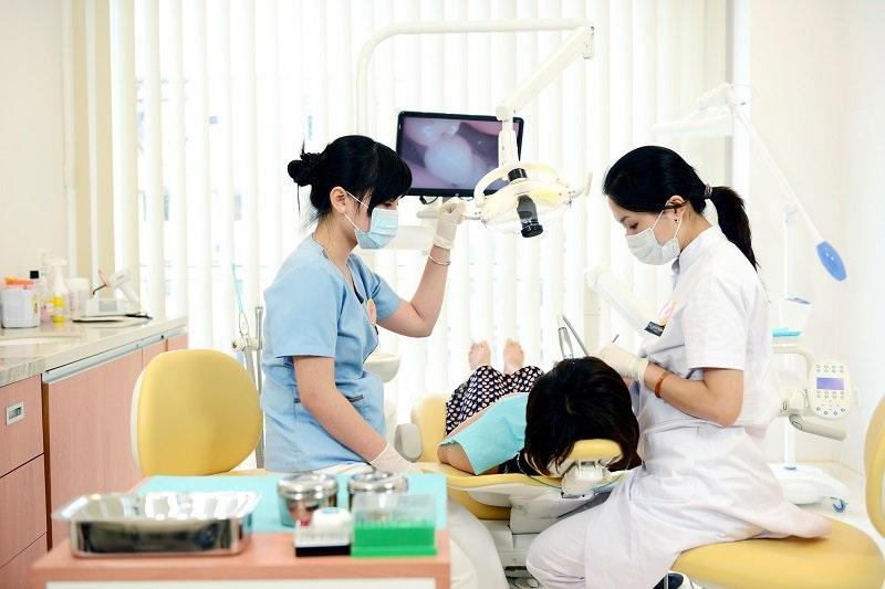 Cần tái khám theo đúng lịch yêu cầu để đảm bảo chất lượng tốt nhất cho hàm răng mới làm