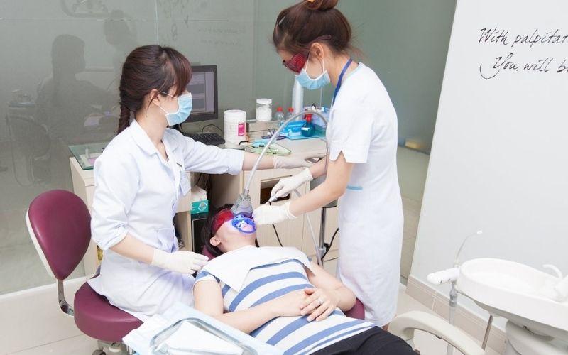 Khi tới thăm khám người bệnh nên cung cấp cho bác sĩ toàn bộ những biểu hiện đang gặp phải
