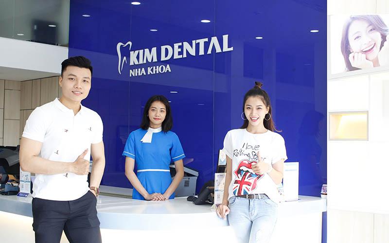 Kim Dental được nhiều khách hàng lựa chọn nhờ dịch vụ chất lượng cao